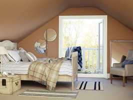<b>HELHET:</b> Mal taket i tilnærmet lik farge som veggene for å skape en rolig helhet. (Foto: Nordsjö)