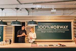 Du tenker kanskje at furupanel, bonderomantikk og landlig stil er typisk norsk? Det er det sikkert i mange sammenhenger, men internasjonalt er bildet av hva som er norsk i ferd med å bli mer nyansert. Funksjonalitet, minimalisme og nyskaping har blitt norsk designs kjennemerke.