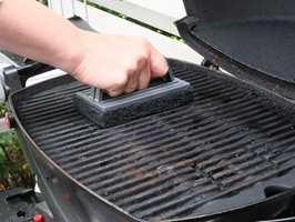<b>GRILL:</b> Start grillsesongen med en ren og pen grill!