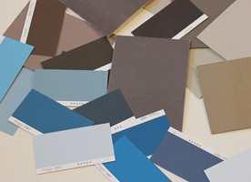 <b>BLÅTT OG BRUNT:</b> Ulike blåtoner og brunaktige nøytrale farger klinger godt sammen. (Foto: Mari Andersen Rosenberg/ifi.no)