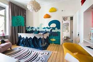 Når barna selv får innrede rommene sine, holder de ikke igjen. Hvem vil vel ikke sove som en ekte pirat?