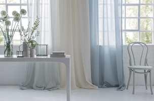 Gardintrenden har kommet over oss igjen, og mange tar tekstilene inn i varmen. Men er du av dem som trenger å bli overbevist? Her er seks gode grunner til at du bør kjøpe deg gardiner.