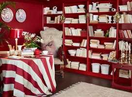 <b>LISTET INN:</b> Med nye lister og samme farge som veggen integreres hyllen i rommet. (Foto: Fargerike)