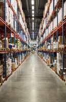 Fra anlegget skipes hver dag ordre inneholdende 4.000-5.000 ordrelinjer, til nærmere 300 kunder.