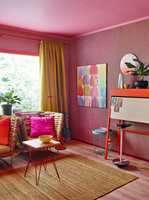 Årets farge for 2016 er rosa, proklamerte Tale Henningsen kreativ leder i Fargerike, da faghandelkjeden for femte år på rad kåret sin «Årets farge». Det var ikke bare en, men flere rosatoner som hun beskrev som søte, modne, rebelske, frekke og sensuelle.
