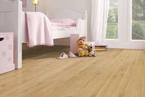 Med Gerflors vinyl Texline på gulvet får rommet en rolig og behagelig atmosfære.