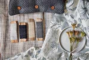 <b>KOMBINASJONER:</b> Farger og materialer spiller på lag. Her tekstiler fra Morris & Co/Intag.