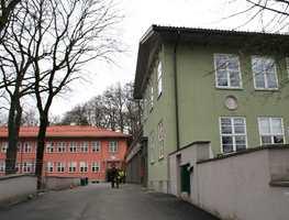 <b>FARGERIK LÆRING:</b> Elevene på Berg skole lærer i fargerike omgivelser.