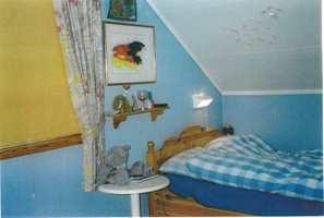 Før: mellomblå farger og ubehandlet furu var en stil tenåringen hadde vokst fra.