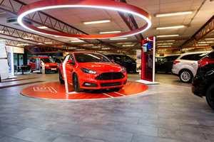 Tredje største: Bergerkrysset Auto på Mysen ble Europas tredje FordStore etter restaureringen i 2015.