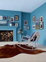 Koselig med blått, særlig i sørvendte rom. Her med farge fra Nordsjö. Fargen er hentet fra Colour Futures 2012, med kode R5.21.52.