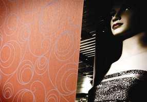Hysterical Glamour er en raffinert og tøff kolleksjon som appellerer til både ham og henne.