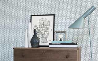 Nå kan veggene dekoreres med design av Arne Jacobsen, Sven Markelius, Stig Lindberg og Karl Axel Pehrson.