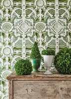 <b>TOPIARY:</b> Hagemotivet er designet i tre farger. I tillegg til grønt fås det i grått og blått.