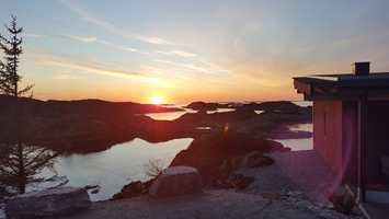 <b>UTSIKT:</b> Omgivelsene er upåklagelig, og er en av grunnene til at så mange velger å oppholde seg på Værlandet Havhotell.