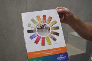 Fagprofil har Beton Cire i alle disse fargene.