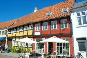 Å ta vare på gamle hus kan være en økonomisk god affære – for både huseieren, naboene og kommunen. Det viser en undersøkelse fra Danmark. Foto: CCflicker Johan Wieland