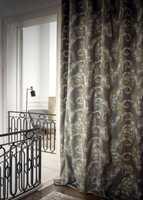 <b>MODERNE:</b> En modernisert variant av mønsteret på gardiner fra franske Casamance, som føres av Green Apple.