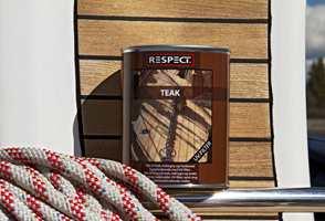 Ved å etterbehandle med teakolje, gis treverket en vakker lød, samtidig som det blir beskyttet mot elementenes nedbrytende effekt.