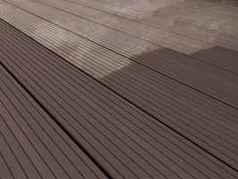 Fargefornyeren inneholder enten brune eller grå pigmenter.