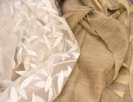 Mange foretrekker hvite og beige gardiner.