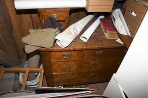 Manger har skjulte skatter på loft, stabbur og låve.