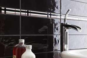 <b>BAKTERIESAMLER:</b> Vasken, og særlig kranen, er skitt- og bakteriesamlere. Hold dem rene.