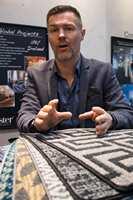 <b>FORNØYD:</b> John Junk-Eriksen fra Danfloor mener årets «Domotex» har vært en av de beste.