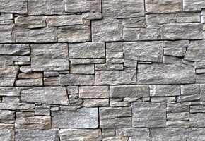 Steinpanelene fra BAC Stone er laget av ekte stein.