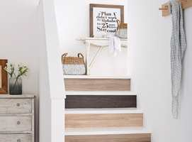 Opptrinnene i trappen er små, uutnyttede arealer – som bare venter på å bli sett!