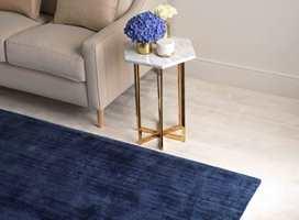 <b>TEPPE:</b> Et av de viktigste tipsene for å forbedre lydbildet i et rom, er å bruke tepper på gulvet.