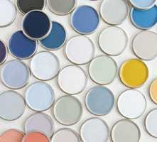 Årets farge presenteres sammen med en egen fargepalett som består av et spekter ulike blåfarger og matchende kulører.