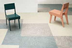 <b>MER ELLER MINDRE: </b>Marmoleum Modular kan ha mye mønster, eller lite. Sett sammen samme farge men ulik mønstring til et spennende gulv.