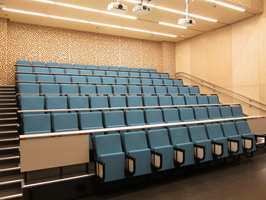 <b>NATURLIG:</b> Arkitektene hadde et stort fokus på naturmaterialer. Det preger interiøret.