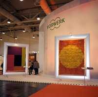 Vorwerk er Tysklands største teppeprodusent og presenterte seg deretter på denne flotte stand. Vorwerk produserer heldekkende tepper, men også avpassede tepper - som her vist på bildet.