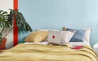 <b>LEK:</b> Lek deg med farger og maling, og skap personlige interiør. Veggene er malt med farger fra Nordsjö sin Colour Futures 2019-palett «A place to Act».