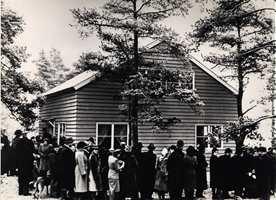 Ekeberghuset til Selvaag laget folkevandring. 15 000 mennesker kom for å kikke på huset på åpningsdagen i 1948 og 8221 potensielle kjøpere meldte seg. Huset er i dag fredet, og står møblert som for 62 år siden.