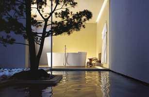– Det er et økende ønske om å skape en oase av velvære på badet, sier Elin Ahlkvist.