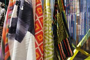 Etniskinspirerte tekstiler inntar stadig flere norske hjem.