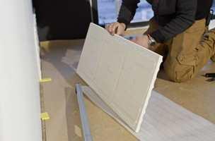 <b>ENKELT:</b> Wall Panels er enkle å montere rett på veggen, og leveres klare for overmaling.