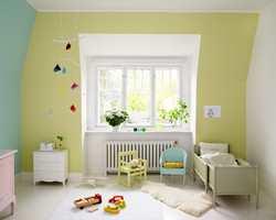 Lyse farger gir en god følelse i rommet.