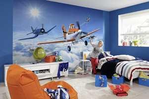 Med Dusty på veggen får barnet forlenget filmopplevelsen.