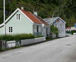 <b>STØRRELSE:</b> Ulike hus og ulike høyder på stakittet skaper variasjon i gatebildet.