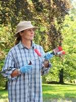 <b>KLAR:</b> Med maling, pensel og rulle er du klar for å sette farge på utelivet!