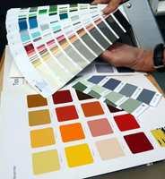 <b>BAKGRUNN:</b> Fargekart og fargevifter viser ofte fargene mot hvit bakgrunn.