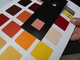 <b>SORT:</b> Fargen blir lysere og mer intens mot sort bakgrunn.