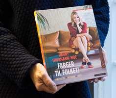 <b>FARGER TIL FOLKET:</b> Dagny Thurmann-Moe gir ut bok om farger. Boken er utgitt på Cappelen Damm.