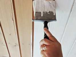 <b>TRE STRØK:</b> Etter tre strøk er taket ferdig malt. Den malte flaten har god vaskbarhet og cirka glans 10.