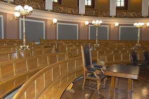 Her holdt Stortinget sine møter på 1800-tallet, før de kunne flytte inn i eget bygg i 1866.