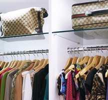 Disse garderobene kan lages helt etter mål og egen smak.